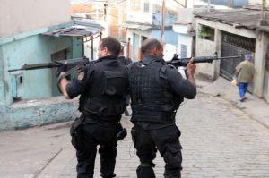 Caso Eloá e Lindembergue, mais um entre tantos desastres da polícia brasileira