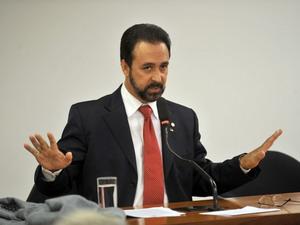 """Deputado que """"se lixa para a opinião pública"""" pede ao STF seu cargo na relatoria de volta"""